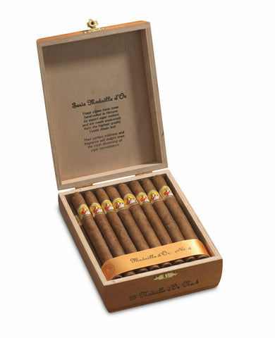 La Gloria Cubana Medaille d'Or No. 4 Cigar (Box of 25) For Sale