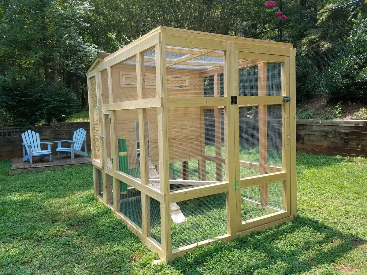 CityChick Inn - premium chicken coop and run