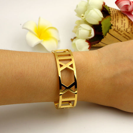 Hollow Rome Number Bracelet - Delicates By Yvonne