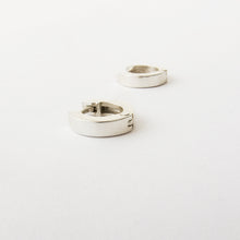 Flat huggie earrings - simple design