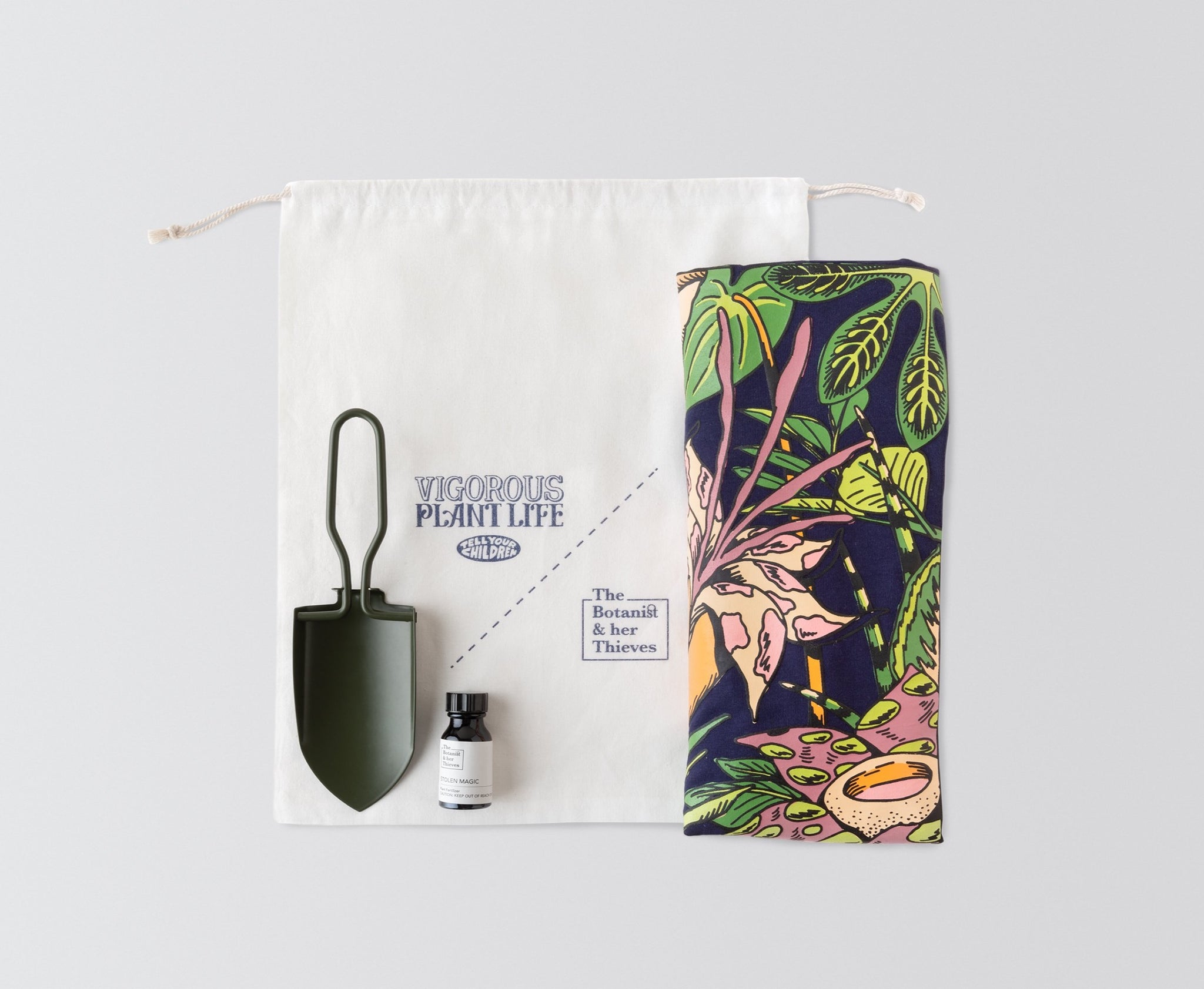 [EXCLUSIVE] Vigorous Plant Life Tee Bag