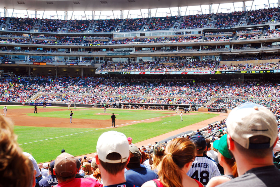 3 Tips For Making Healthy Choices At The Ballpark