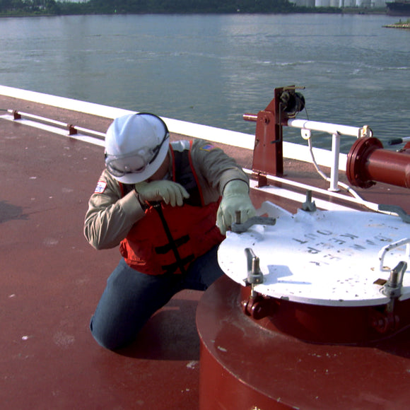 mariner overwhelmed by benzene fumes