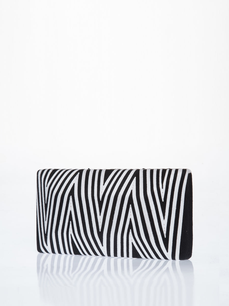 Cheska Chevron Clutch, Black / White