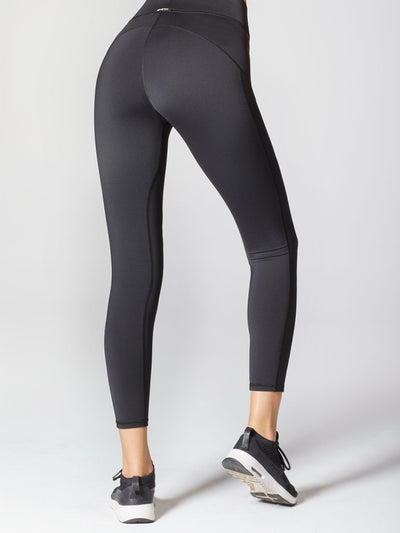 Releve Fashion Michi Athleisure Wear Ethical Designers Sustainable Fashion Brands Purchase with Purpose Shop for Good Mist Legging Black