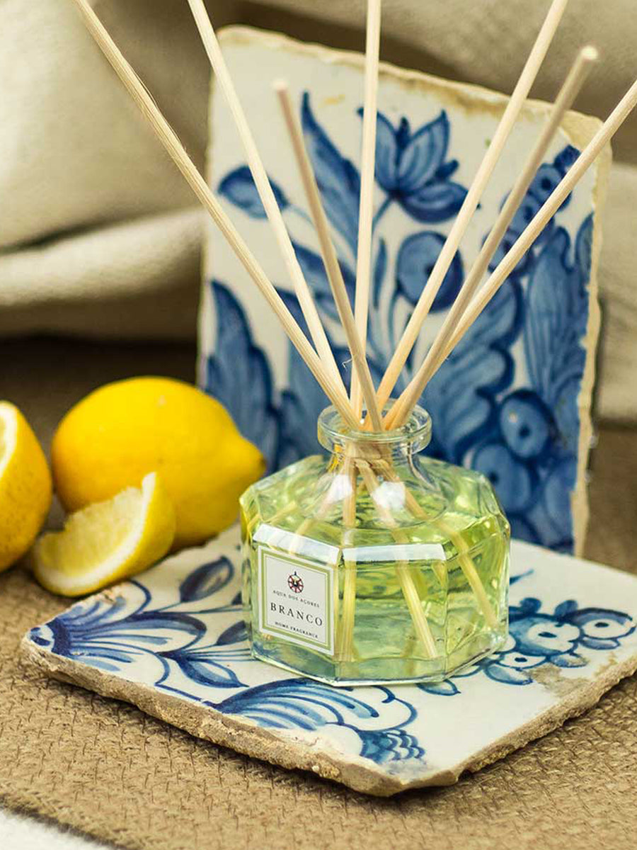 Releve Fashion Aqua dos Acores Branco Diffuser Home Scent Ethical Designer Fragrance Sustainable Socially Conscious Lifestyle Brand Purchase with Purpose Shop for Good Social Impact