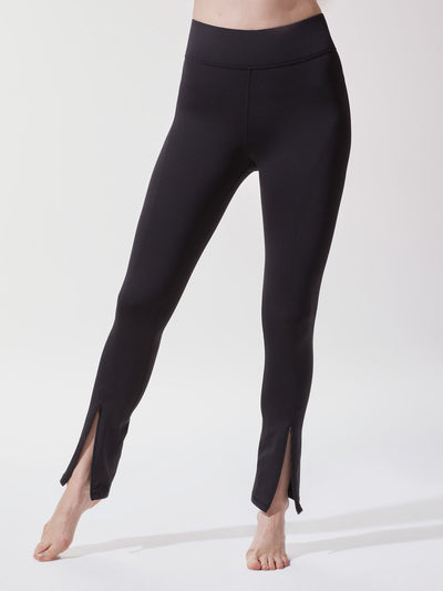 Releve Fashion Michi Black Splice Legging Ethical Designer Brand Sustainable Fashion Athleisure Activewear Athleticwear Positive Luxury Brands to Trust Purchase with Purpose Shop for Good