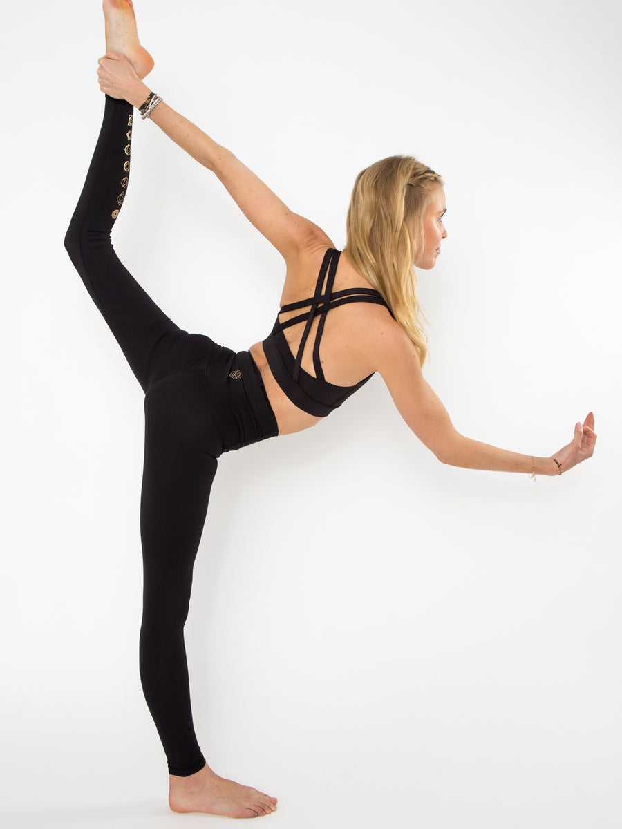 Releve Fashion Pama London Black Chakra Leggings Ethical Designers Sustainable Fashion Brand Activewear Athleticwear Athleisure Yoga Positive Fashion Purchase with Purpose Shop for Good