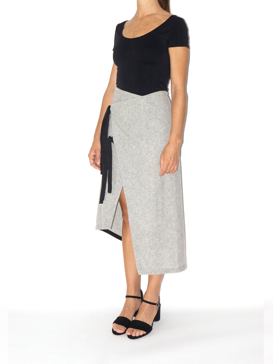 Releve Fashion Port Zienna Grey and Black Cin Asymmetrical Wool Skirt Sustainable Luxury Fashion Conscious Clothing Ethical Designer Brand Eco Design Innovative Materials Purchase with Purpose Shop for Good