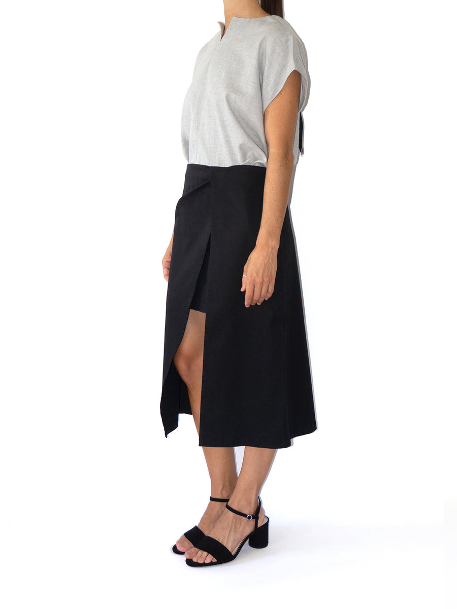 Minilog Double-Layered Asymmetric Skirt, Black