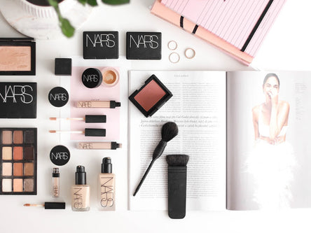 NARS makeupy All Day Luminous & Sheer Glow || Recenze + Round Up