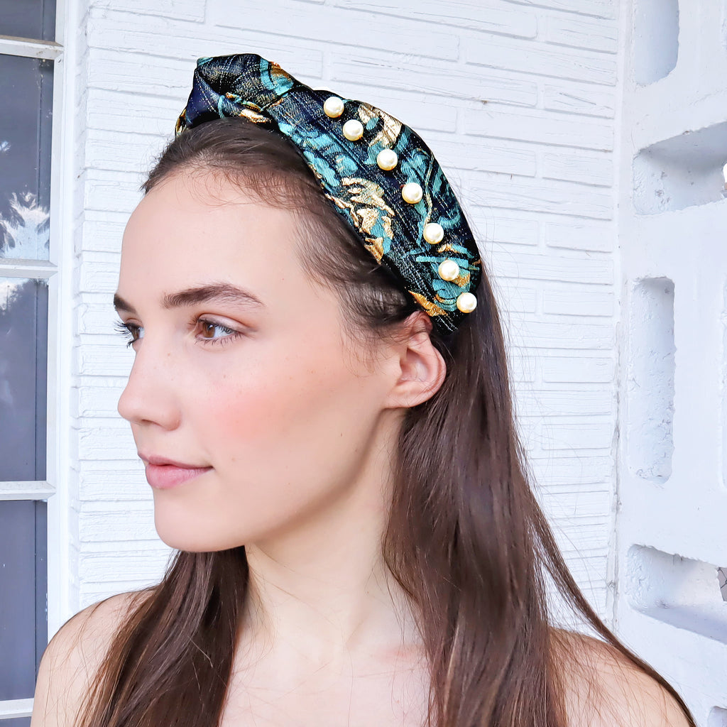 Can't choose between a headband or a turban? We created both from this beautiful fabric featuring one of our favorite prints. We've made it that lil bit extra with stunning faux pearls.  100% Upcycled Jacquard  Handmade in Miami
