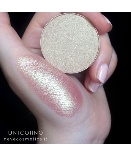 Neve Cosmetics Single Eyeshadow Pan - UNICORNO