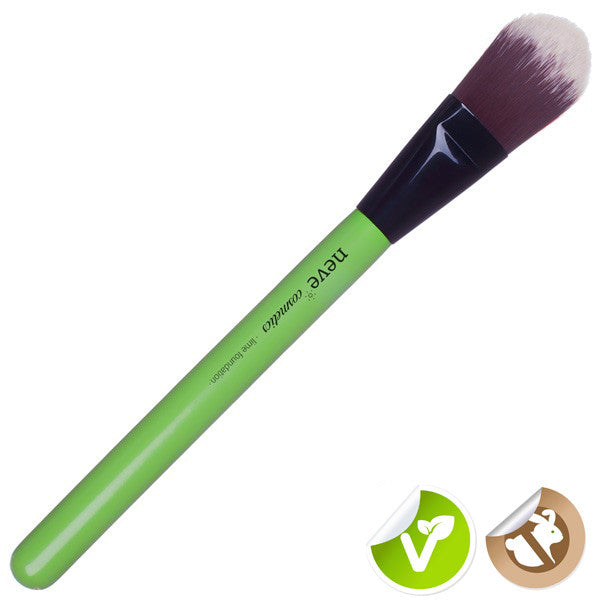 Neve Cosmetics Glossy Artist Lime Foundation Brush