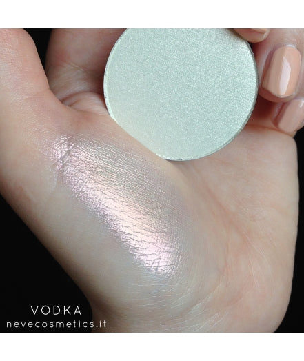 Neve Cosmetics Single Eyeshadow Pan - VODKA