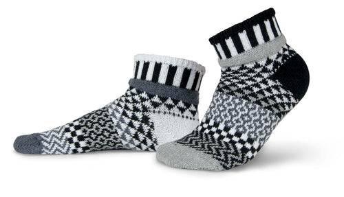Solmate Midnight Quarter Socks