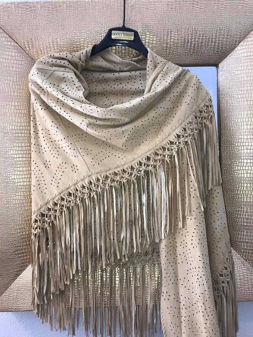 Suede Wrap Goat Skin Desert Camel Hand Cut and Hand-Knotted Design with 8