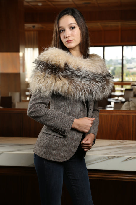 OLYMPIA Fur Knit Wrap