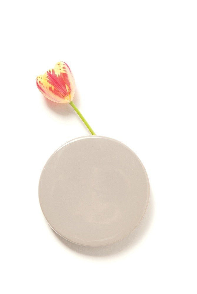 Chive Wall Dot Vase