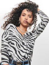 Load image into Gallery viewer, SOFT GREY ZEBRA PULLOVER