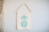"""PINEAPPLE"" Banner *1 LEFT*"
