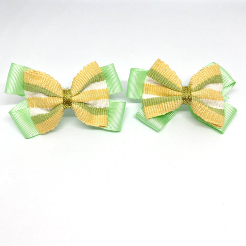 Girls fashion, Hair accessories, hair clips with ribbon and bow, handmade with Guatemalan fabric, one of a kind piece, supporting single moms