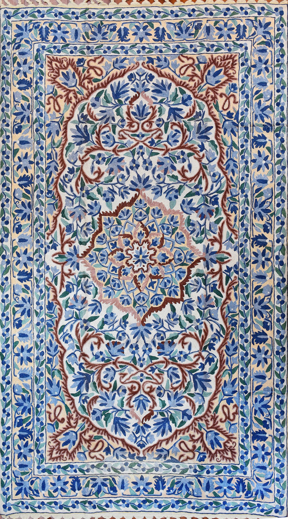 Floral 3ftx5ft Decorative Blue White Handmade Wall Hanging Tapestry Rug Art Silk - KashmirDesigns