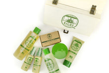 Gift Box Essential Pilot Men's Grooming Skin Care Products
