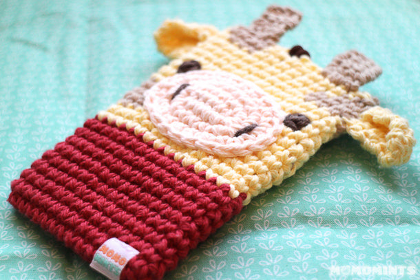 Momomints Custom Order Momo Pouch - Giraffe with Red Shirt Close Up
