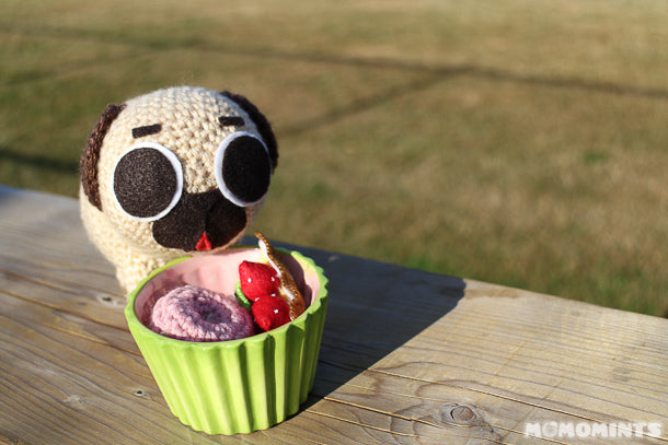 Puglie the Pug Dessert Time!