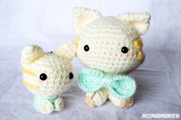 Ravelry: Silhouette Cat Keychain pattern by Marie Lize | 407x610