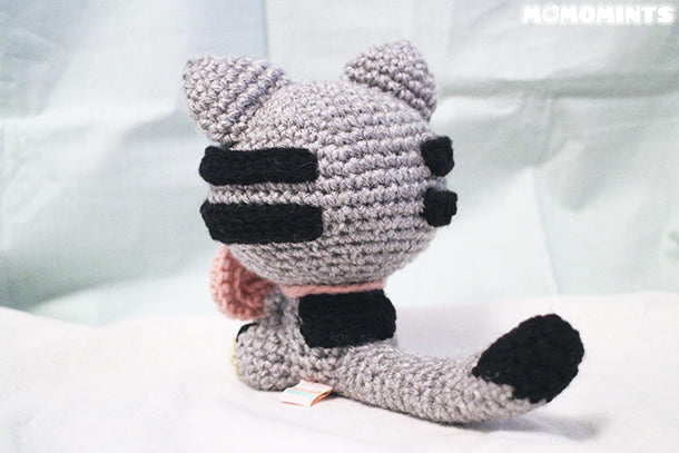 Custom Meowchi - Grey Amigurumi Cat with Pink Bow Tail View