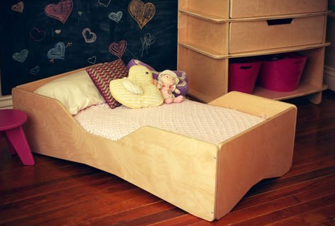 Ultra Modern Aero Toddler Bed by Sodura