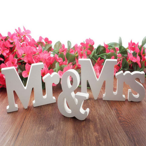 Koncpt U:Wedding decorations 3 pcs/set Mr & Mrs, Koncpt U