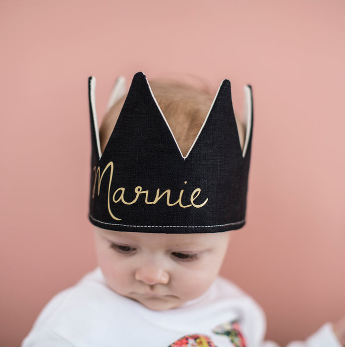 Fable Heart Number Crown Black