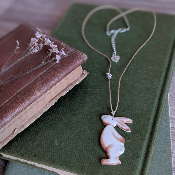 Bunny and Star Necklace - Brown