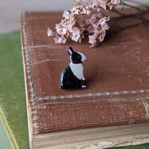 Rabbit Pin Badge - Dutch - Everything Bunny Rabbit