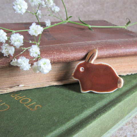 Rabbit Brooch [Brown] - Everything Bunny Rabbit