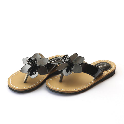 L'Amour Girls Kennedy Patent Black Flower Thong Sandal - Lamourshoes.com
