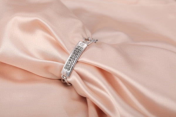 The small crystals in a big chain bracelet - CDE Jewelry Egypt