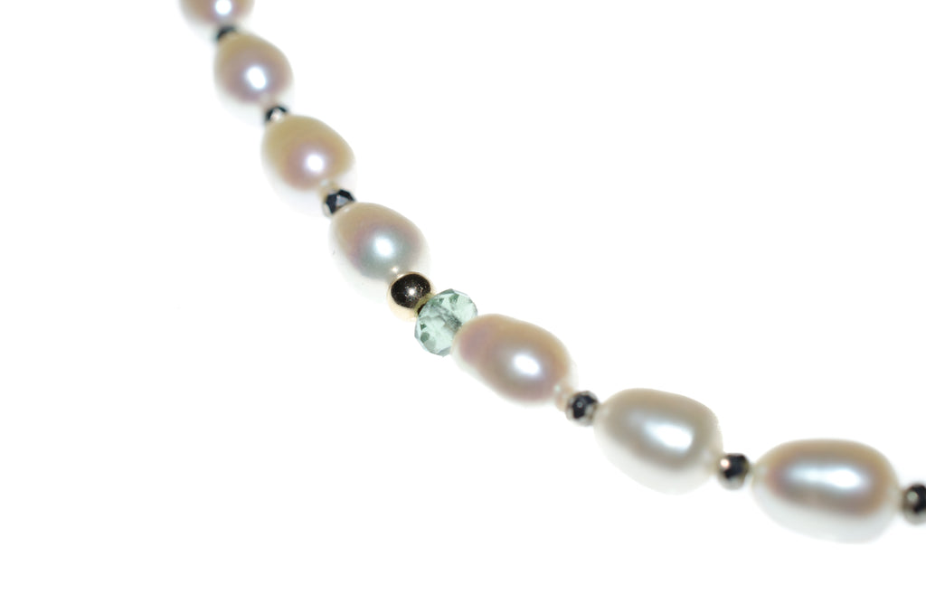 PEARL AND TOPAZ NECKLACE