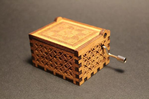 Engraved Wooden Music Box Que Sera Sera