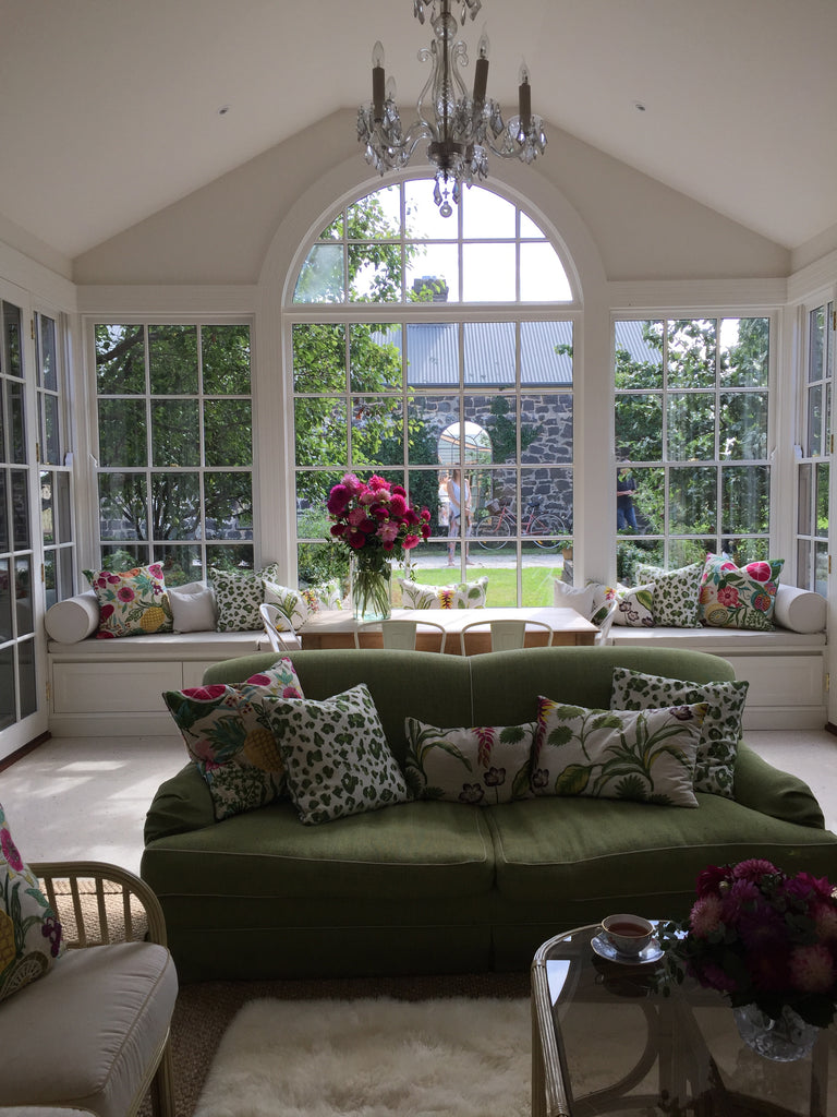 Styling Catriona Rowntree S Home Lily Pond