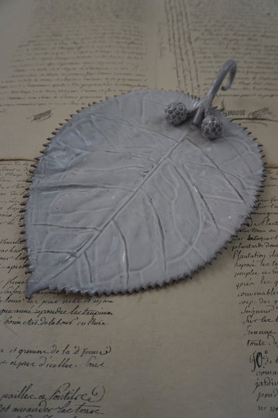 Astier de Villatte Setsuko Blackberry Leaf Ornament