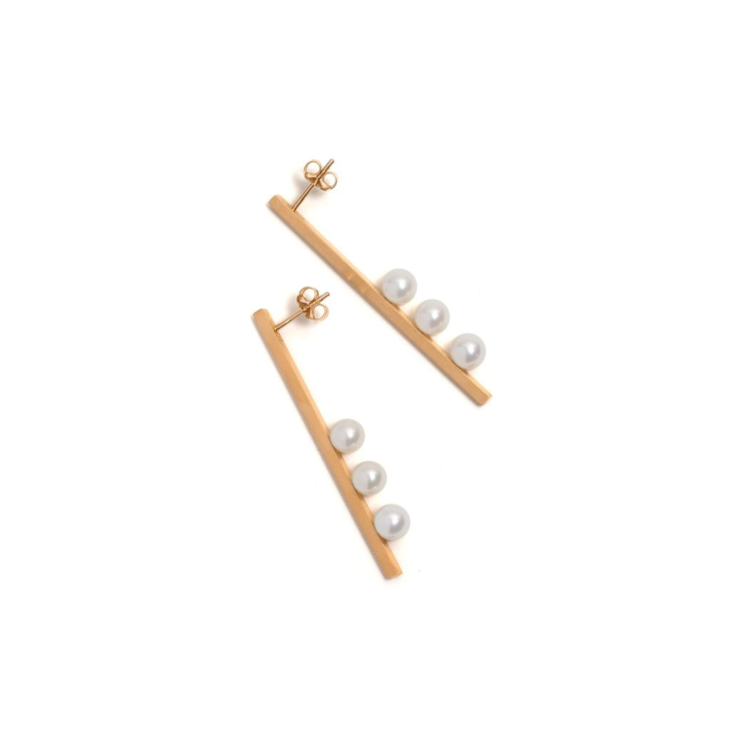Golden Vertical Suspended Three Pearl Earrings