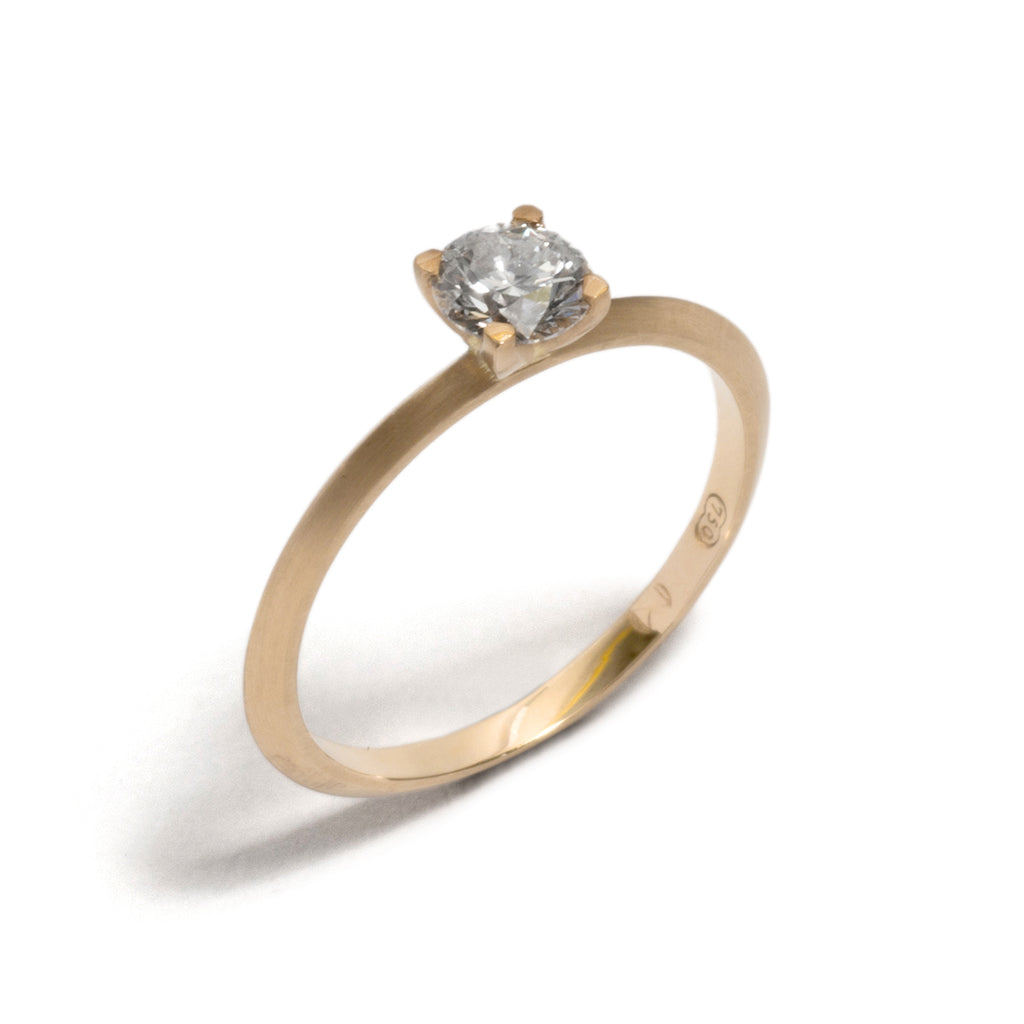 Yellow Gold Four Claw Round Diamond Ring