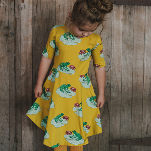 Echo The Green Tree Frog Short Sleeve Dress, Dress, Oomph & Floss - Annie and Islabean