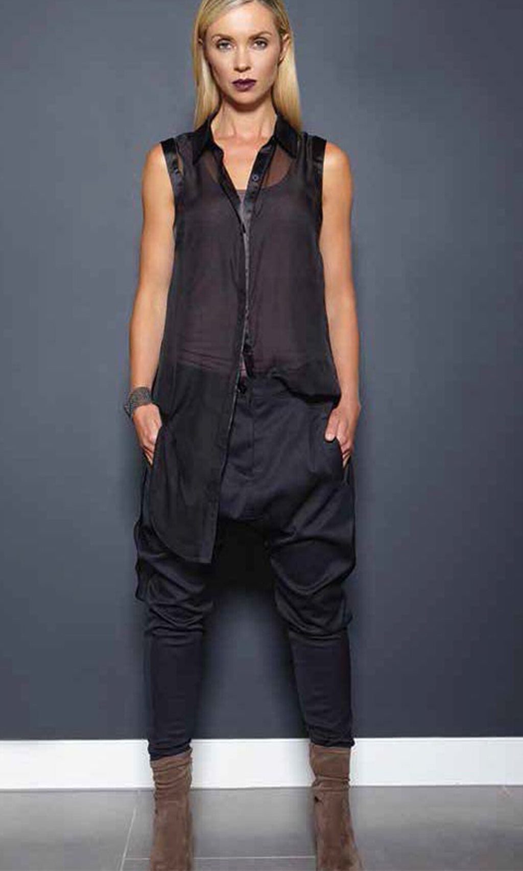 carbon Button down sleeveless Black