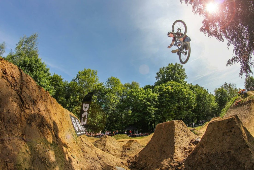 2 WHEELS, 1 ROLL: KOBI STURM