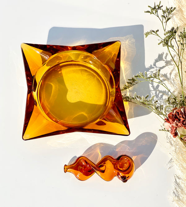 Square Amber Ashtray + Twisty